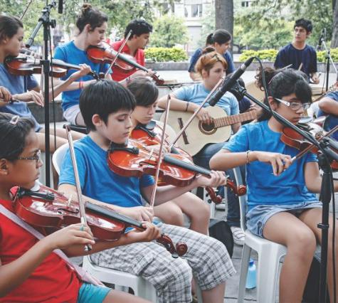 "Orquesta Rolando ""Chivo"" Valladares"